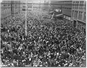 Picture of large crowd